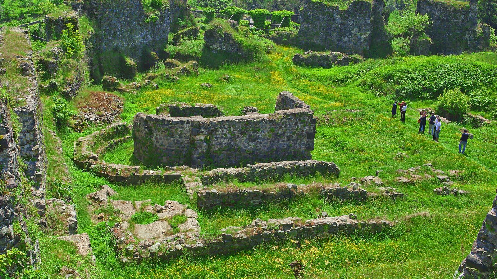 Tvirtovės : Petra, Khikhani ir kitos