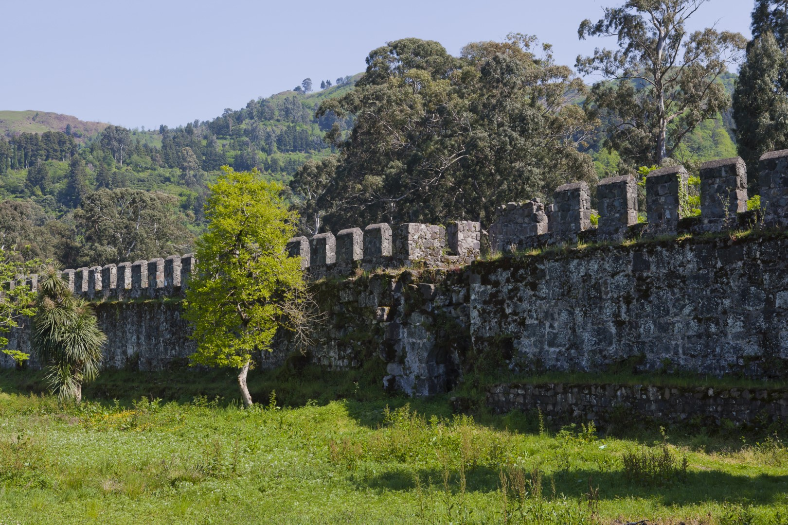 اسطورة قلعة غونيو